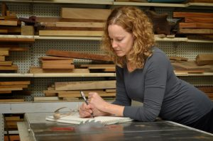 Read more about the article Kristin LeVier : I Love Wood